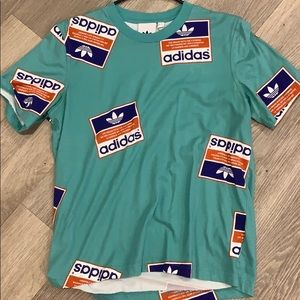 Men's Adidas short sleeved shirt
